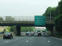 exits 143a b join the garden state parkway with lyons avenue by way of parallel union avenue lyons avenue cr 602 connects the parkway with springfield