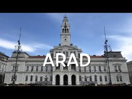 Arad) is the capital city of arad county, historically situated in the region of crișana, and having extended into the neighboring banat region in the 20th century.2. Wn Arad