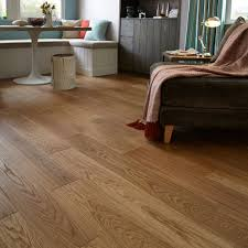 Quick-Step Cadenza Natural Oak Effect Wood Top Layer Flooring 1 m Pack    Departments   DIY at B&Q