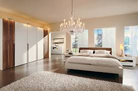 warm bedroom decorating ideas by