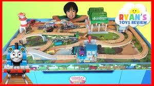 thomas and friends wooden railway knapford station and tidmouth s tipping bridge you