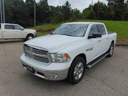 CERTIFIED PRE-OWNED 2015 RAM 1500 LONE STAR 2WD CREW CAB PICKUP