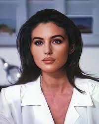 Monica Bellucci   Monica bellucci, Beautiful women pictures, Beauty