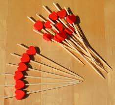 red heart cocktail sticks wood skewers 9cm x 100 goto 2581 p gif