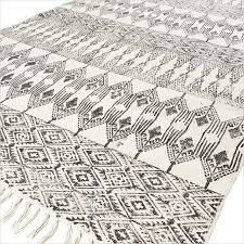 black off white cotton block print area accent dhurrie rug bohemian flat weave 3 x 5 to 8 x 10 ft