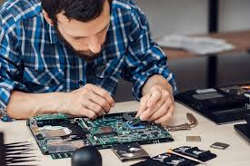 freelance computer services hire freelance computer service technician field engineer