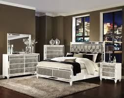 Mirrored Bedroom Set Monroe Pearlizzed White Wood Glass 5pc Bedroom Set W Queen Bed