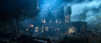 Netflix Scares Up Haunting of Hill House Images, Release Date – /Film