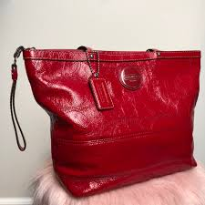 zeepe 21 days ago united states great preloved coach red patent leather