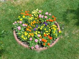 round garden designs small round flower bed with small