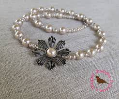 pale pink pearl off side flower pendant necklace
