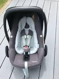 maxi cosi pebble plus car seat including newborn insert and raincover