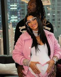 Pregnant Cardi B Supports Offset as He ...
