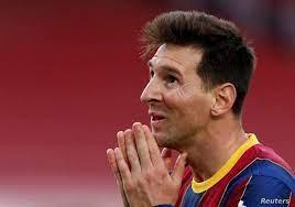 """هل يلعب إلى جانب رونالدو؟ """"السيناريو المثالي"""" لفريق ميسي القادم"""