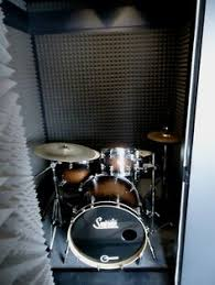 15 Design Ideas For Home Music Rooms And Studios  Studio Living Soundproofing A Bedroom For Drums