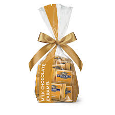 milk chocolate caramel squares gift bag 40 pc