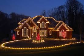 Another scintillating decoration would include lights on the roof and  around the house in the manner shown. This one actually gives a perfect  finish to the ...