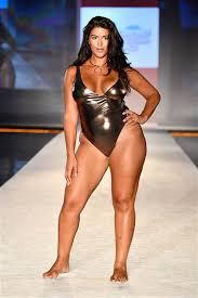 plus size models sports illustrated sports illustrateds swimwear line debuts at miami swim week today com