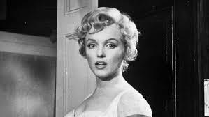 1950s fashion marilyn monroe