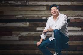 Mike Kim - Personal Branding Expert, Speaker, Podcaster, Copywriter