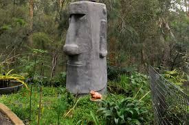 richard s moai statue