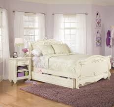 vintage look bedroom furniture. Coolest White Vintage Style Bedroom Furniture Look B