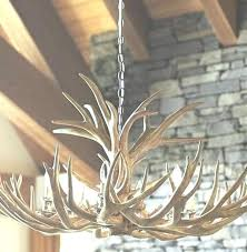 how to make antler chandeliers elk antler chandeliers antler chandelier antler chandeliers unique lighting for your