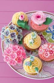 cute cupcakes pictures. Unique Cute PiP Studio Cake Plate Spring Cupcakes Fancy Floral Pretty  To Cute Cupcakes Pictures