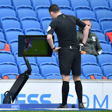 What VAR told on field referee over Manchester United penalty incident vs  Brighton - Manchester Evening News