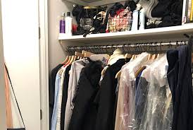 how i organized my chaotic closet for 56 and one trip to the container