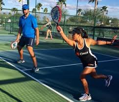 Pickleball A Racket Sport The Whole Family Can Take Up Montreal