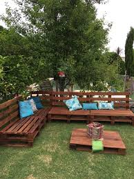 outdoor furniture with pallets. fine with pallets outdoor sofa and table on casters  99 pallets with furniture