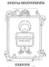 La Maestra Linda Copertine Per Raccogliere I Lavori Dei Bambini