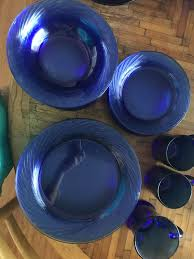 corelle cobalt blue glass plate set