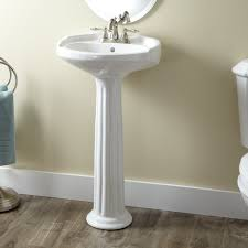 victorian um porcelain pedestal sinkwith its sculpted backsplash fluted column and classic oval basin this victorian pedestal sink brings traditional