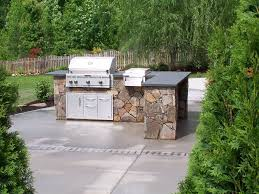 Full Size of Outdoor Kitchen:beautiful U Shaped Outdoor Kitchen Island  Using Stone Material In ...