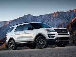 2017 jeep grand cherokee vs 2017 ford explorer which is best