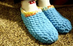 Free Crochet Patterns For Super Bulky Yarn Inspiration 48 Super Bulky Men's Crochet Slippers Free Pattern Rainbows and