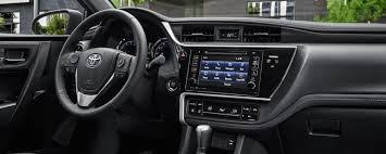 2019 toyota corolla interior features