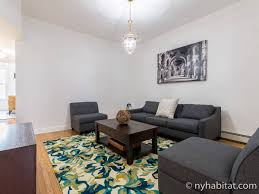 Living Room And Bedroom New York Apartment 3 Bedroom Apartment Rental In Bushwick