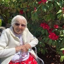 "Lovely B. ""Beth"" Leeper | Obituaries | theworldlink.com"