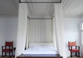 DIY Canopy Bed - Curtain Rod