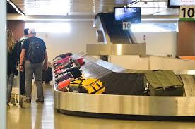 Resultado de imagem para foto de vila para despacho de bagagem em aeroporto