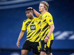 Auch wunderkind youssoufa moukoko (16) träumte von den. Erling Haaland Tips Teammate Youssoufa Moukoko As Next Big Dortmund Star