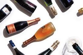 Acquista online su diemmevini i migliori spumanti ferrari trento doc a prezzi straordinari. Metodo Classico Your Next Italian Sparkling Wine That Isn T Prosecco Wine Enthusiast