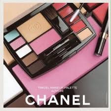 only 1 left new chanel authentic makeup kit