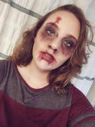 easy zombie makeup with everyday makeup
