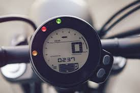 yamaha mass produces retro style alongside modern technology in yamaha xsr 700 faster sons designboom 06 the digital speedometer