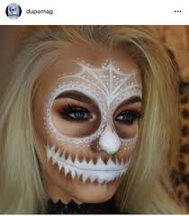 inspiring makeup ideas to makes you look creepy but cute 49