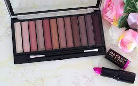 makeup revolution iconic 3 eyeshadow